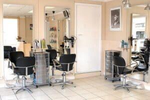 Foto de um salão de beleza representando o tema Negócios para abrir no seu bairro