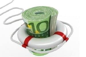 Maço de dinheiro simbolizando uma reserva de emergência
