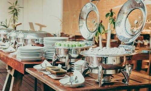 buffet de uma festa de casamento