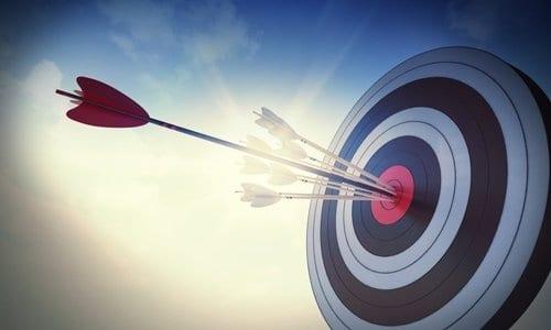 flecha atingindo o seu objetivo