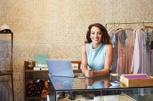 Aprenda como montar um pequeno negócio em 10 passos