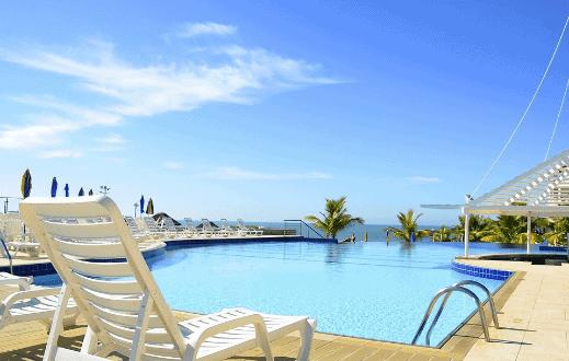 Foto de uma piscina para simbolizar o tema qualidade de vida