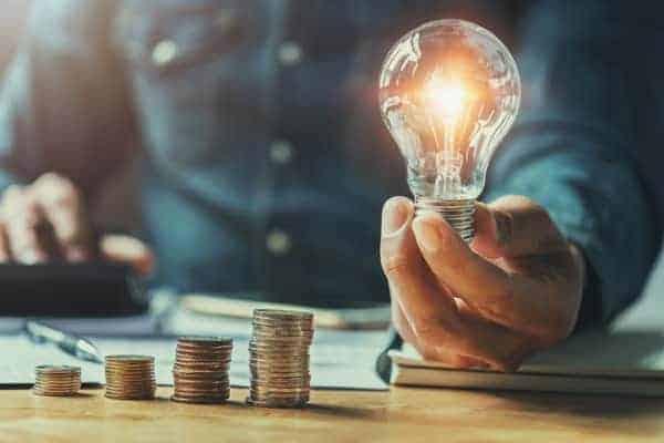 Como guardar dinheiro ganhando 1000 reais? Veja 10 dicas infalíveis!