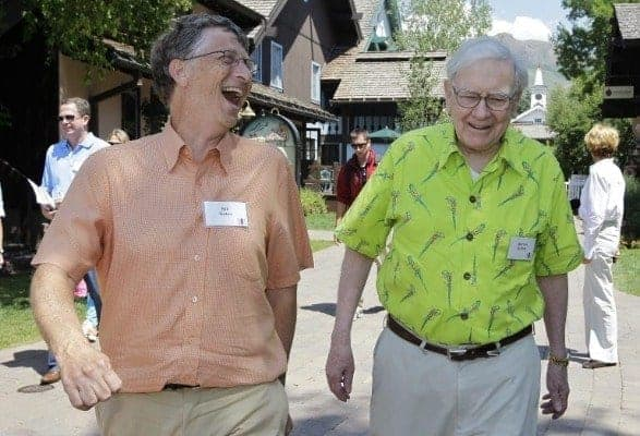 foto de Bill Gates e Warren Buffett