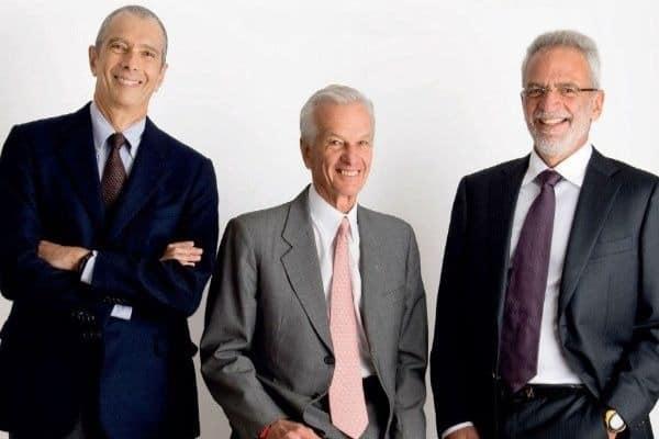 Foto dos bilionários Lemann, Sicupira e Telles para simbolizar o tema homens mais ricos do Brasil