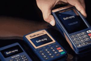 Foto de máquinas Safrapay simbolizando o tema máquinas Safrapay agora aceitam débito virtual do auxílio emergencial