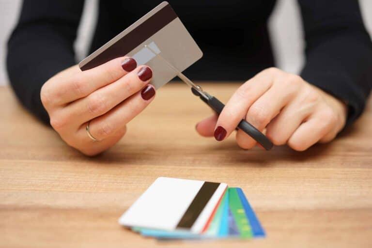 cancelar cartão de crédito