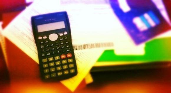 O que acontece quando atraso a fatura do cartão de crédito?