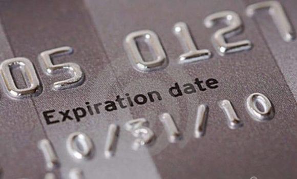 Cartão Vencido a Conta Continua Ativa?