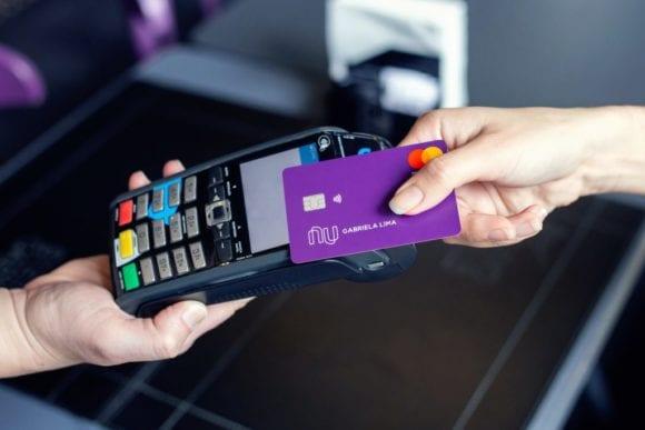 Pagamento por NFC.
