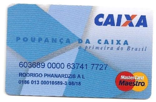No Cartão Poupança Caixa, a bandeira Mastercard Maestro indica que ele só pode ser usado no débito.