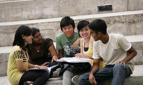 É importante que os estudantes escolham o financiamento mais adequado para seu perfil