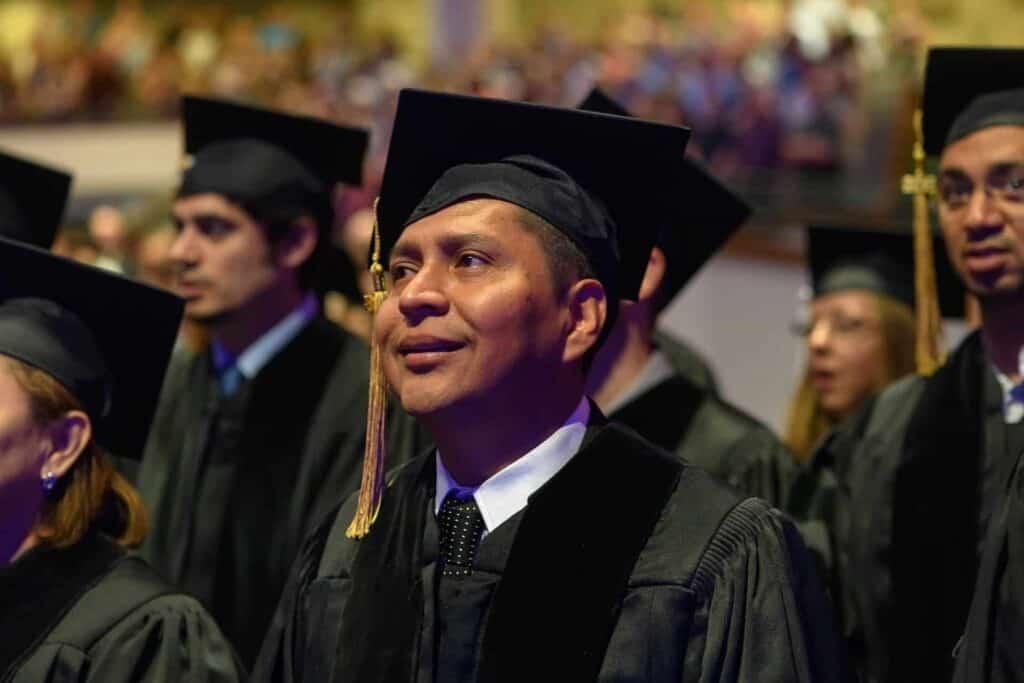 Financiamento de faculdade: saiba como fazer e quais as opções.