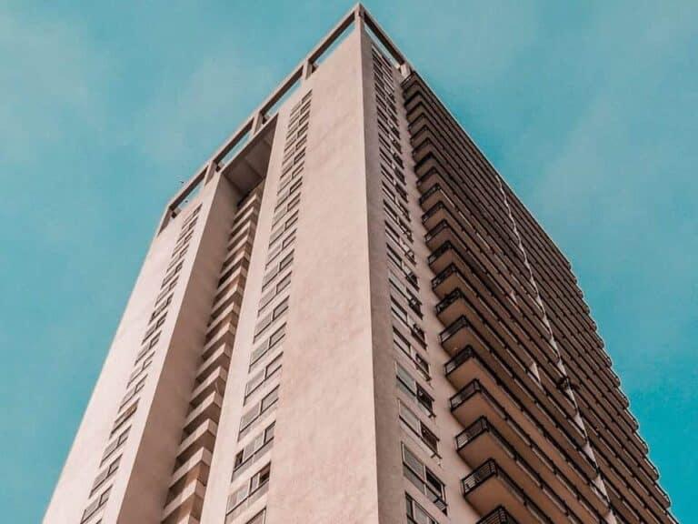 Prédio de interesse para quem busca informações sobre como financiar apartamento