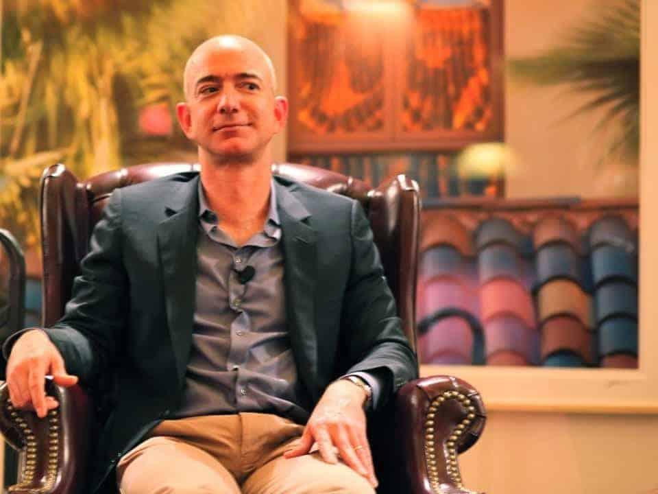 Imagem do fundador da Amazon. Fortuna de Jeff Bezos ultrapassou os 200 bilhões de dólares