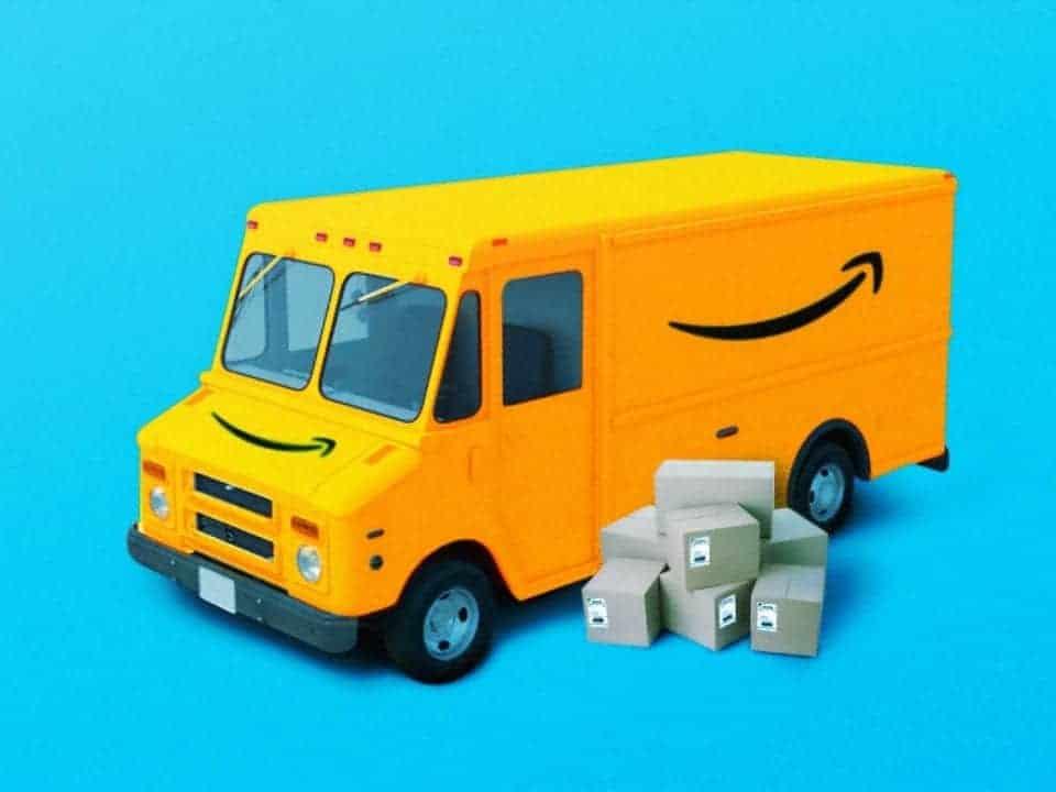 Imagem de um caminhão de entregas representando a notícia em que Amazon lança e-commerce de luxo