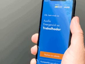 aplicativo do auxílio, representando dia de receber o auxílio emergencial