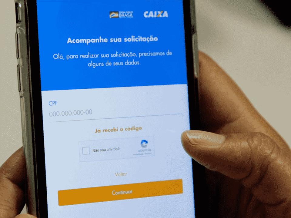 aplicativo do auxílio emergencial, representando auxílio emergencial de R$ 300