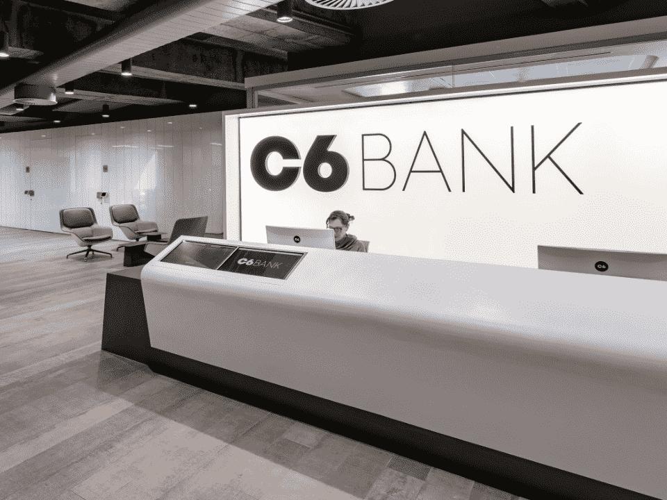 entrada do c6 bank, representando empréstimo c6 bank