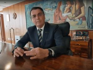 jair bolsonaro anunciando que governo desiste do renda brasil