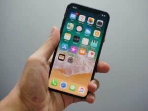 Imagem de um aparelho da Apple, simbolizando o lançamento do novo iPhone em 15 de setembro
