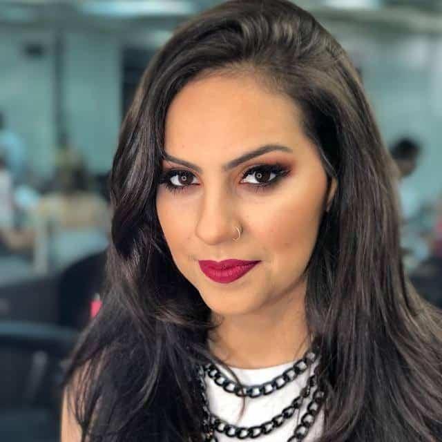 Júlia Mendonça