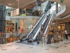 shopping, representando fundos imobiliários sofrem queda