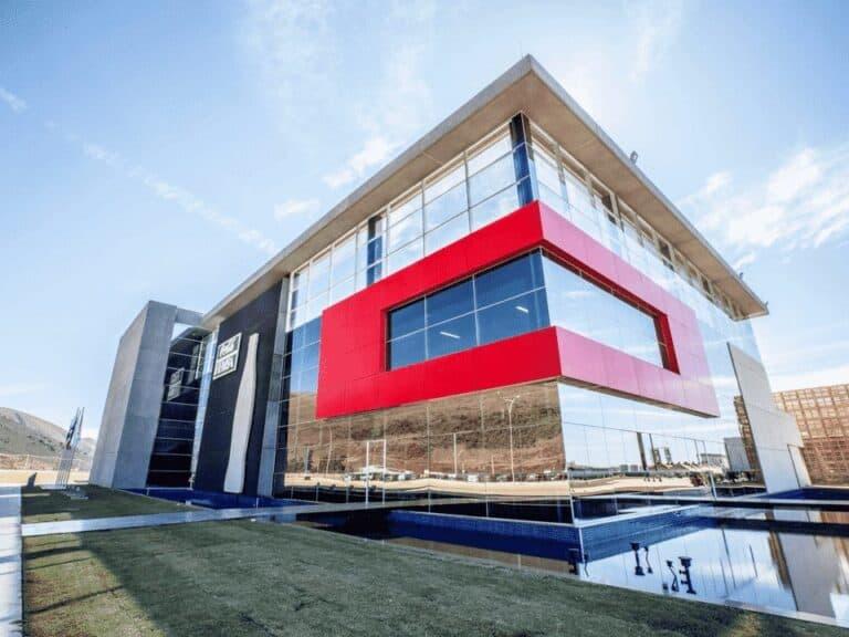 prédio da coca-cola, representando trabalhar na coca-cola