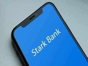 tela de celular com logo da Stark Bank representando BC autoriza Stark Bank