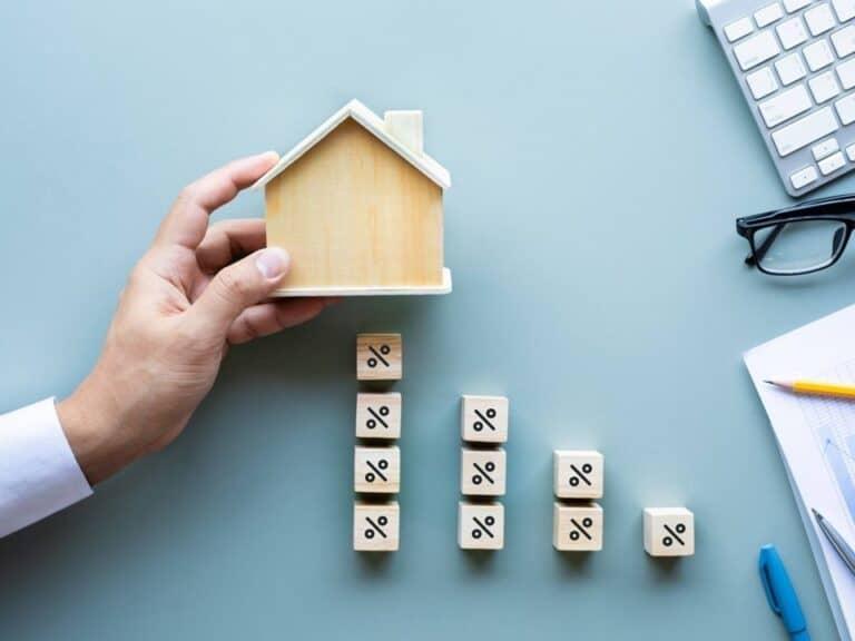 maquete de casa, representando black friday do mercado imobiliário