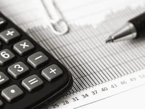 calculadora, representando cdb na black friday