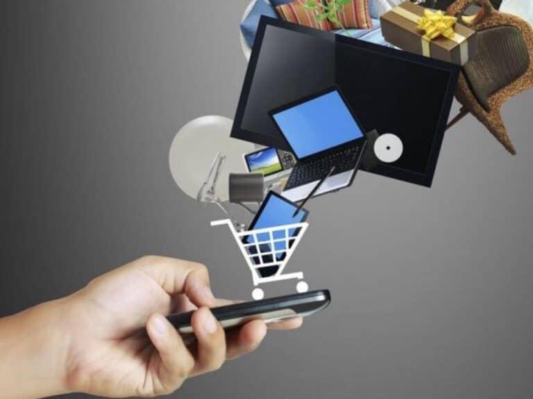 carrinho de compras com itens diversos, representando comprar em sites chineses