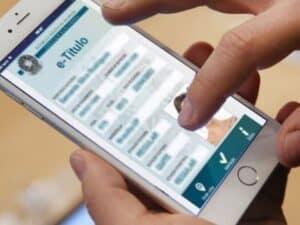 Interface do aplicativo E-Título, representando justificar a ausência
