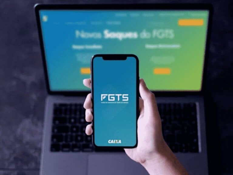celular com logo do fgts, representando movimentar o fgts emergencial