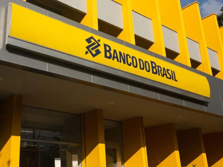 fachada do banco do brasil, representando pix no whatsapp