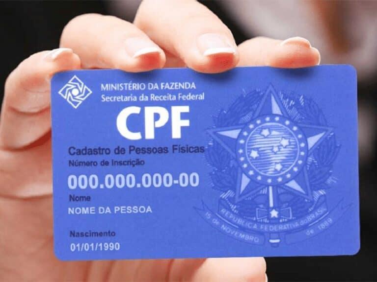 cartão de CPF representando regularização de CPF