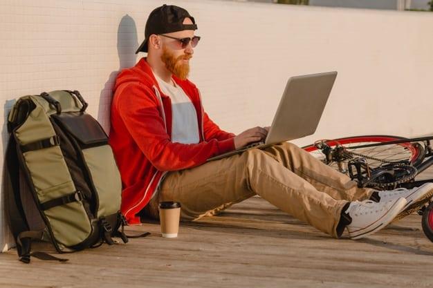 ser freelancer para ganhar dinheiro extra