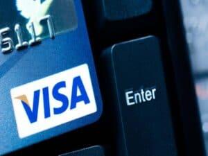 cartão da visa, representando campanha de descontos visa