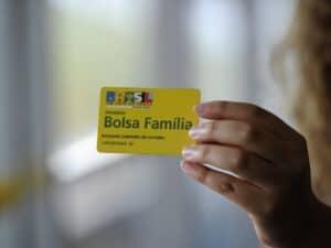 cartão do Bolsa Família de quem doou ou foi candidato nas Eleições