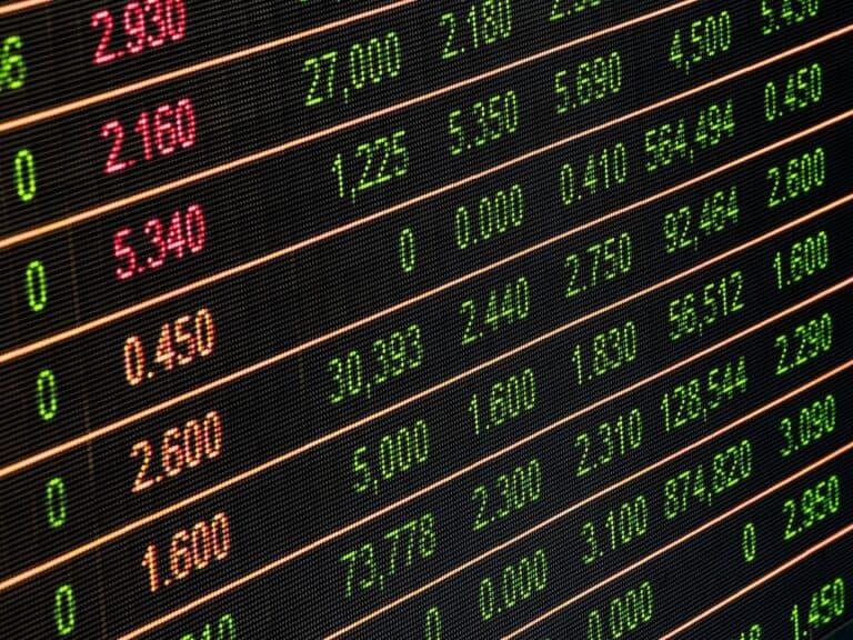 tabela de fundos de investimentos diferentes