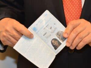 carteira de trabalho, representando pedidos de seguro-desemprego