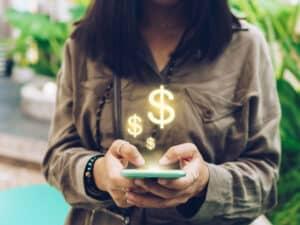 Como ganhar dinheiro com redes sociais? Veja ideias realistas