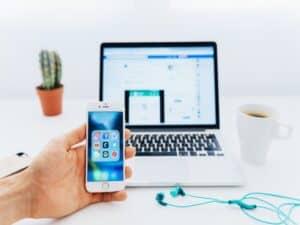 computador e aplicativos de contas digitais