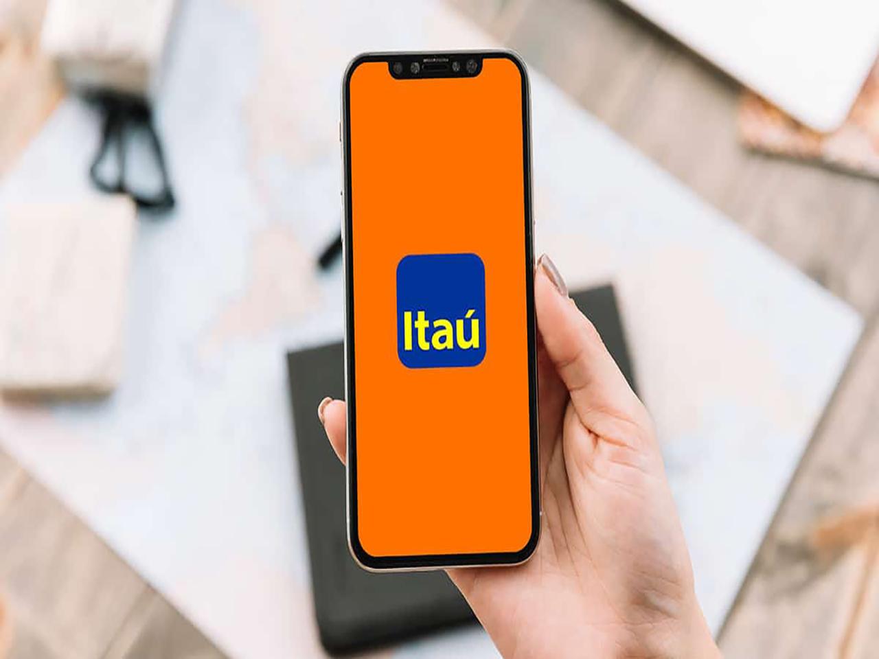 imagem de um celular com a logo do itaú para empresas