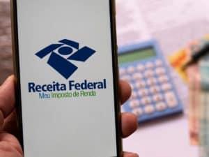 Interface do aplicativo da Receita Federal representando Mudança no IR deve aumentar arrecadação.