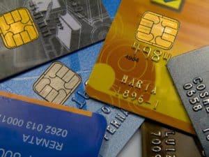 usar parcelamento para evitar dívidas